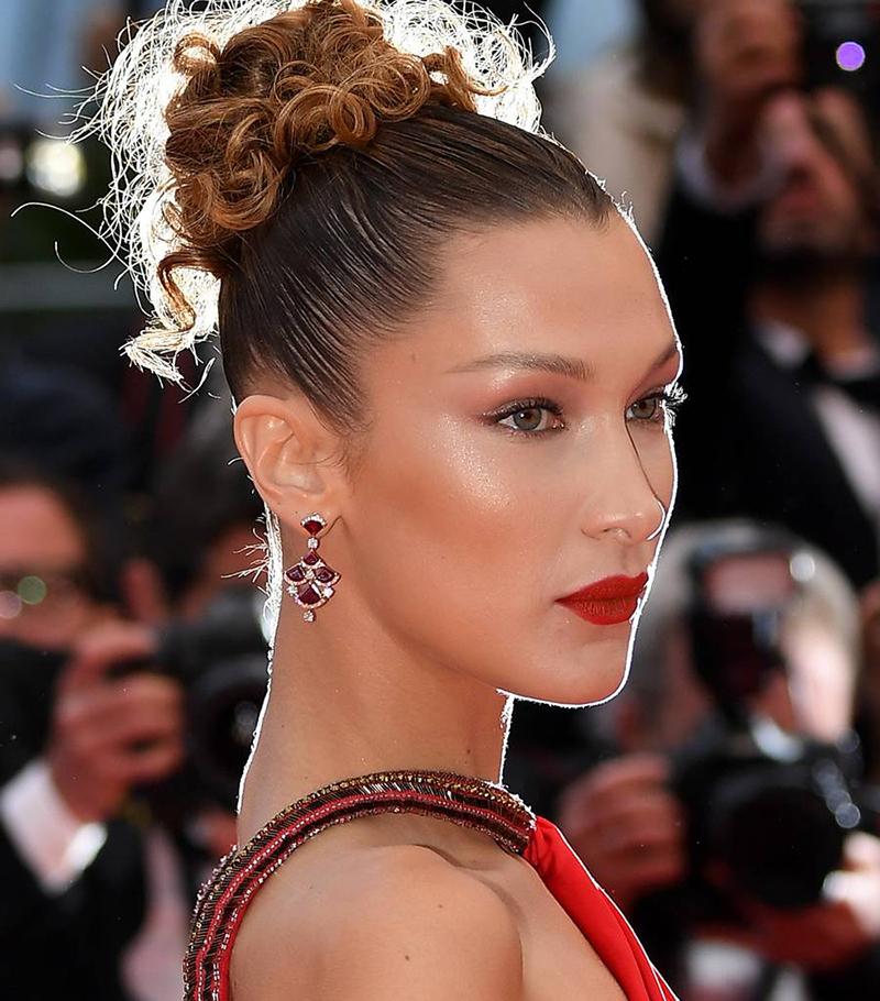 Bella Hadid Beauty Look | Curls | Cannes Film Festival | Seabeauty